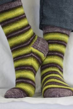 simple socks using Twisted Fiber Art Playful yarn in Firefly with Stormy for the cuff, heel, and toe. Crochet Socks, Knitting Socks, Hand Knitting, Knitting Patterns, Knit Crochet, Crochet Patterns, Knitted Socks Free Pattern, Yarn Inspiration, Design Inspiration