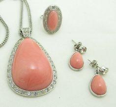 Avon Necklace Earrings Ring Set Pierced Silver Metal Rhinestones Pink Dangle 973 #Avon