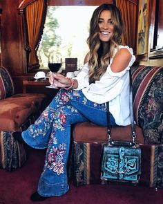Modern Hippie Style, Hippie Style Clothing, Hippie Look, Gypsy Style, Modern Hippie Fashion, Modern Hippy, Gypsy Clothing, Modern Hippie Clothes, 1970s Style Clothing