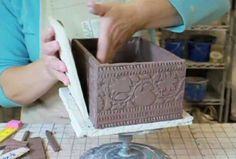 Ceramic Arts Daily – Pottery Video of the Week: Working With Slabs – A Ceramic Arts Daily Reader Shares Tips and Techniques for Slab Built Pottery - I showed this to my class with great success. Hand Built Pottery, Slab Pottery, Ceramic Pottery, Pottery Art, Ceramics Projects, Clay Projects, Clay Crafts, Ceramic Techniques, Pottery Techniques