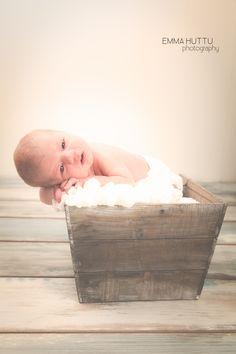 10 päivää maailmassa, 10 days old © Emma Huttu