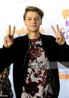Actor Jace Norman attends Nickelodeon's 2017 Kids' Choice Awards at USC Galen Center on March 2017 in Los Angeles, California. Jace Norman 2017, Jason Norman, Henry Danger Jace Norman, Norman Love, Michael Jackson Halloween Costume, Ariana Grane, Cute Teenage Boys, Cute Boys, Kids Choice Awards