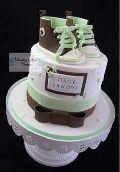Welcoming baby cake by Denise