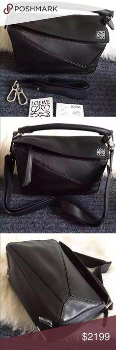 Auth Loewe Small Puzzle Satchel Bag Black Leather Handmade in Spain,  Loewe s trapezoid-shape 4fe2ed408f