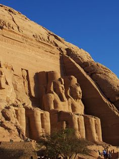 19 Things To Do In Egypt- from Alexandria to Abu Simbel it's the coolest things that you need to see when you're there.  #thingstodo #egypt #travel