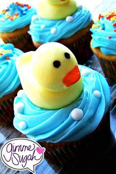 rubber duckie cupcakes closeup!