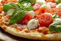 La pizza senza glutine è una preparazione ideale per i celiaci e sarà buona come la classica pizza. Ecco la ricetta