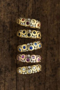 Jewelry OFF! The classic Alex Sepkus Candy ring goes with everything and should be part of any dream stack. The rings are handmade in yellow and rose gold with sapphires diamonds and black spinel. All Alex Sepkus jewelry is made in New York. I Love Jewelry, Sea Glass Jewelry, Jewelry Art, Gold Jewelry, Jewelry Rings, Vintage Jewelry, Jewelry Accessories, Fine Jewelry, Fashion Jewelry