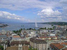 Ginevra si trova all'estremo occidentale della Svizzera, nella parte sudoccidentale del Lago Lemano (o proprio Lago di Ginevra) allo sbocco del Rodano, ...