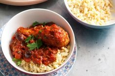 Drumstick casserole with tomato and pasta