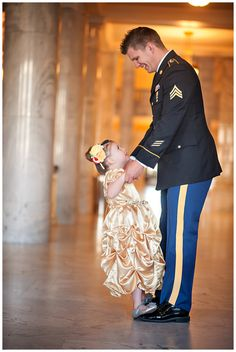 Army dad takes daughter to a military ball before he's deployed Military Love, Military Ball, Military Families, Military Couples, Military Girlfriend, Daddys Little Girls, Daddys Girl, Baby Daddy, Father Daughter Photography