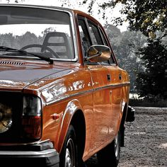 1970s Volvo 244 - Photo by L. Karloo