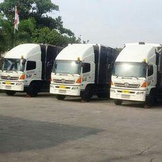 Eureka Logistics's New Trucks..  #truck #trucksofinstagram #truckdaily #vscocam #vscocamphotos #hdr #logisticsspecialist #logisticscompany #logisticslife #logistics #eureka #eurekalogistics