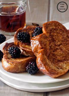Vanilla Honey French Toast | Easy Cookbook Recipes