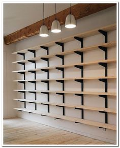 34 creative hacks to organize your things for garage storage - furnishings . - 34 creative hacks to organize your things for garage storage – interior design ideas – 34 creat - Diy Wall Decor, Diy Home Decor, Room Decor, Diy Rangement, Garage Organization, Garage Shoe Storage, Organizing Ideas, Studio Organization, Organizing Shoes