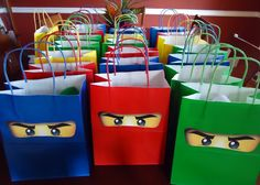 Ninjago Birthday Party Goodie Bags with eyes More - Trend Lego Train 2020 Birthday Party Goodie Bags, Ninja Birthday Parties, Diy Birthday, Birthday Party Themes, Lego Party Favors, Birthday Ideas, Lego Ninjago, Ninjago Party, Barn