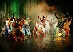 Balé Folclórico apresenta espetáculo no Teatro Amazonas