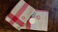 French antique linen, farm style.  Service de table et bougie soja