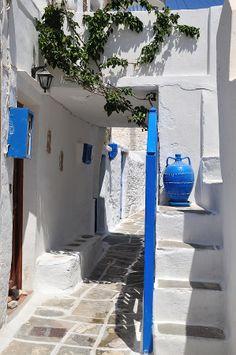 Alley Photograph - Kastro Village In Sifnos Island by George Atsametakis Santorini House, Santorini Greece, Greece Tours, Greece Travel, Greek Town, Beautiful World, Beautiful Places, Greek Blue, Nature Beach