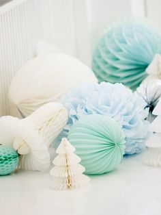 dk Paper decorations - paper flowers, paper bells and paper pom-poms. Christmas Colors, All Things Christmas, Christmas Time, Xmas, Honeycomb Decorations, Paper Decorations, Christmas Decorations, Aquamarine Wedding, Aqua Wedding