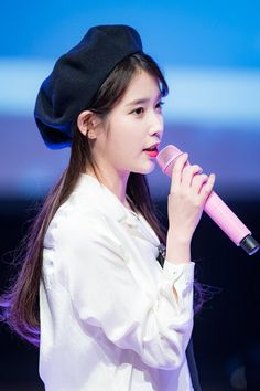 Korean Actresses, Actors & Actresses, Kpop Girl Bands, Fashion Mag, K Pop Star, Bae Suzy, Pretty Asian, Korean Artist, Korean Celebrities
