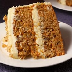 Easy Baking Recipes, Fun Easy Recipes, Sweet Recipes, Carrot Banana Cake, Best Carrot Cake, Carrot Bread Recipe Moist, Moist Carrot Cakes, Food Processor Recipes, Dessert Recipes