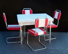 1:6 scale Vintage Ceramic Kitchen Table and Red Chairs Blythe Barbie Dollhouse
