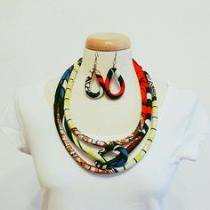 #africantailoring #afrikaiszabóság #eszternagy #africannecklace