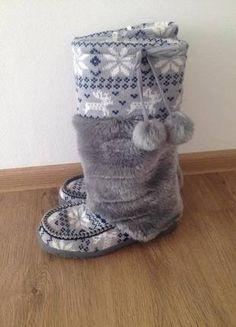 Kupuj mé předměty na #vinted http://www.vinted.cz/damske-boty/kozacky/9904863-zimni-sede-valenky