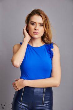 SS2020 kollekciónk megérkezett! 💋✨ #VIKTORInewin Keresd forgalmazóinknál, vagy a webshopon! www.viktori.hu  #VIKTORI #ViktoriBudapest #fashion #photooftheday #style #viktorinewin #viktoriSS2020 #outfitoftheday #fashionaddict #designer Fasion, Tank Tops, Women, Halter Tops, Fashion, Woman