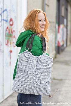 Tasche aus Hoooks Eko Yarn stricken Strickkit von schoenstricken.de
