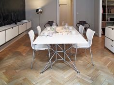 Home I Interior I Furniture I Eating I Design Made in Berlin I Lunar Table by System 180