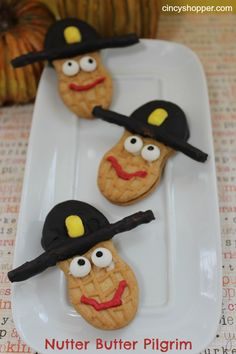 Nutter Butter Pilgrims.  These would be fun to make with the kids!  #Thanksgiving #recipes #crafts