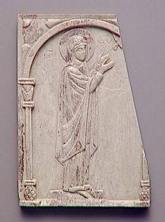 Plaque of the Virgin Hagiosoritissa Byzantine Icons, Byzantine Art, Louvre, Soapstone, Sculpture, 14th Century, Les Oeuvres, Saint, Religion