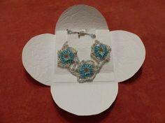 Bracelet ajustable crocheté agrémenté de perles