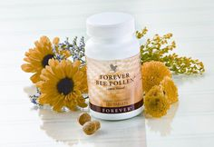 Bee pollen is a holistic remedy used throughout the world. Unfortunately the vast amount of uses that pollen can be used for are often overlooked. What is Pollen? Bee Pollen is made by honeybees, a… Forever Living Aloe Vera, Forever Aloe, Allergies Au Pollen, Natural Allergy Relief, Le Pollen, Bee Propolis, Chocolate Slim, Acide Aminé, Forever Business