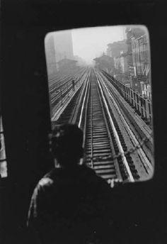 LEADING LINES / TELL THE STORY / RULE OF THIRDS New York City, 1955, Elliott Erwitt