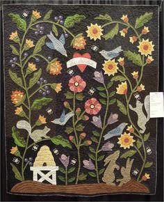 Le Jardin by Denise St. Sauveur, design by Bonnie Sullivan.  Photo by Quilt Inspiration