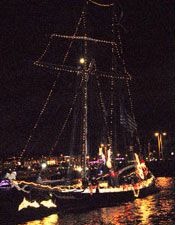 San Diego Bay Parade Of Lights Cool Big Bay Boom Indeed San Diego Fireworks Go Up All At Once  Top Decorating Design