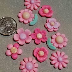E-233; Cute Little Cabochon Pink Resin Flowers in Assorted Styles Cornicello, Lace Heart, Resin Flowers, Upcycled Crafts, Red Lace, Craft Items, Gold Accents, Craft Projects, Creative