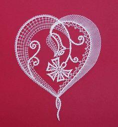 Lace Art, Bobbin Lace Patterns, Lacemaking, Irish Crochet, String Art, Happy Valentines Day, Crochet Stitches, Needlepoint, Tatting