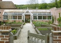 Marston and Langinger greenhouse and raised beds - I wish ....