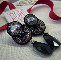 Only 3 more days to enjoy Mother's Day 20% off! coupon code: MOTHERSDAY #doricsengeri #classicearrings #elegantearrings #daytoeveningearrings #mothersdaygift #mothersday #couturejewelry