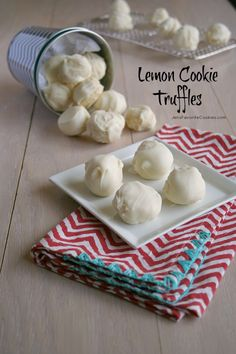 Lemon Cookie Truffles via Favorite Cookies Just Desserts, Delicious Desserts, Yummy Food, Lemon Desserts, Mini Desserts, Lemon Recipes, Sweet Recipes, Candy Recipes, Dessert Recipes
