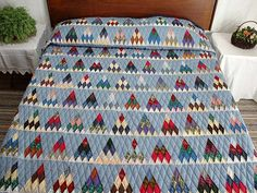 Amish Country Quilts - Thousand Pyramids http://www.amishcountrylanes.com/Pages/hs2508.shtml