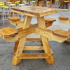 Pallet Furniture Projects Picnic table - Get your best inventiveness with these 10 woodworking projects which are easy to build and profitable. Woodworking Projects That Sell, Woodworking Projects Diy, Woodworking Furniture, Diy Wood Projects, Furniture Projects, Furniture Plans, Wood Furniture, Wood Crafts, Woodworking Plans