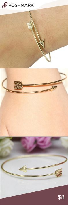 Gold Arrow Bracelet✨NEW ITEM 9/9/16✨ Pretty gold toned arrow bracelet. Can be pulled apart or squeezed to adjust width. New in package. Zinc alloy (nickel free) Jewelry Bracelets