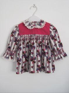 Girls' 1960s vintage dress with peter pan collar