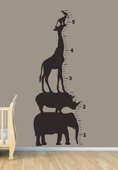 Safari Hayvan Büyüme Tablosu - Duvar Sanatı Vinyl. $ 75.00, Ets aracılığıyla ...