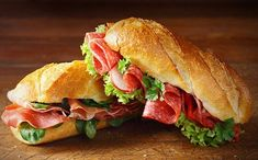 Crusty French Baguette 4 hour bread is very versatile and makes delicious sandwiches. Best Sandwich, Sandwich Recipes, Bruschetta, Baguette Sandwich, French Baguette, Wrap Sandwiches, Delicious Sandwiches, Chapati, Food Photo